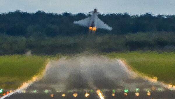 Máy bay tiêm kích Mỹ F/A-18 Super Hornet - Sputnik Việt Nam