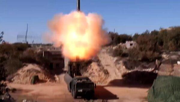 """""""Lần đầu tiên tổ hợp """"Bastion được dùng ở Syria để diệt mục tiêu mặt đất"""" - Sputnik Việt Nam"""