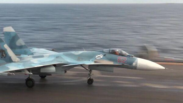 Máy bay chiến đấu từ tuần dương hạm Đô đốc Kuznetsov tiêu diệt hàng chục chiến binh - Sputnik Việt Nam