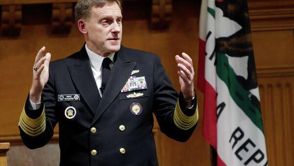 Đô đốc Michael Rogers, Giám đốc Cơ quan An ninh Quốc gia (NSA) - Sputnik Việt Nam