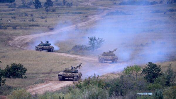 xe tang T-72 - Sputnik Việt Nam