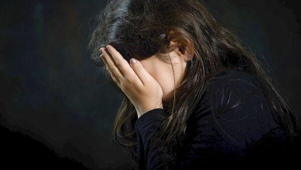 cô gái khóc - Sputnik Việt Nam