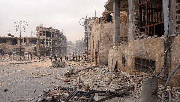 Разрушенный старый город в Алеппо, 2013 год - Sputnik Việt Nam