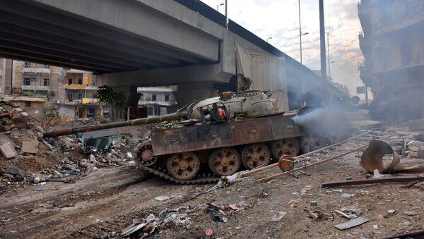 Quân Chính phủ Syria tuần tiễu phần phía Đông Aleppo đã quét sạch chiến binh - Sputnik Việt Nam