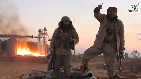 Phiến quân IS phá vị trí phòng ngự ở Palmyra - Sputnik Việt Nam