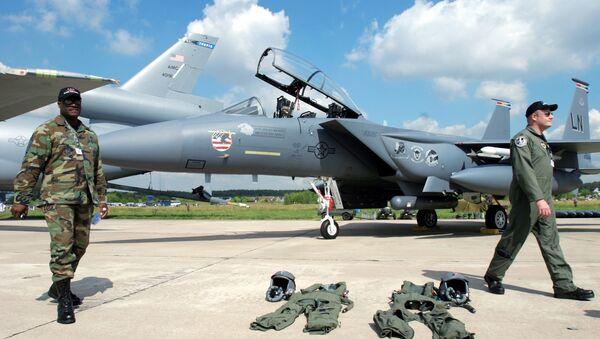 Phi công của Không quân Mỹ tại MAKS-2005 - Sputnik Việt Nam