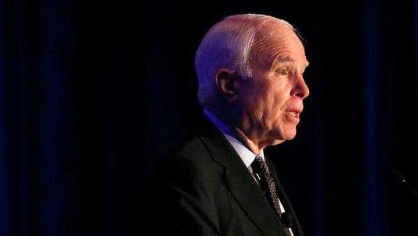 Chủ tịch Ủy ban Thượng viện Mỹ về quân đội, ông John McCain - Sputnik Việt Nam