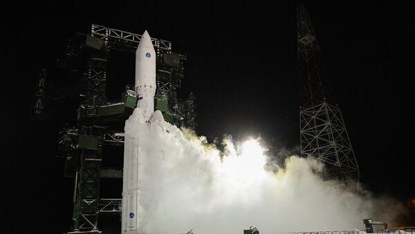 Tên lửa lớp siêu nặng Angara-A5V - Sputnik Việt Nam
