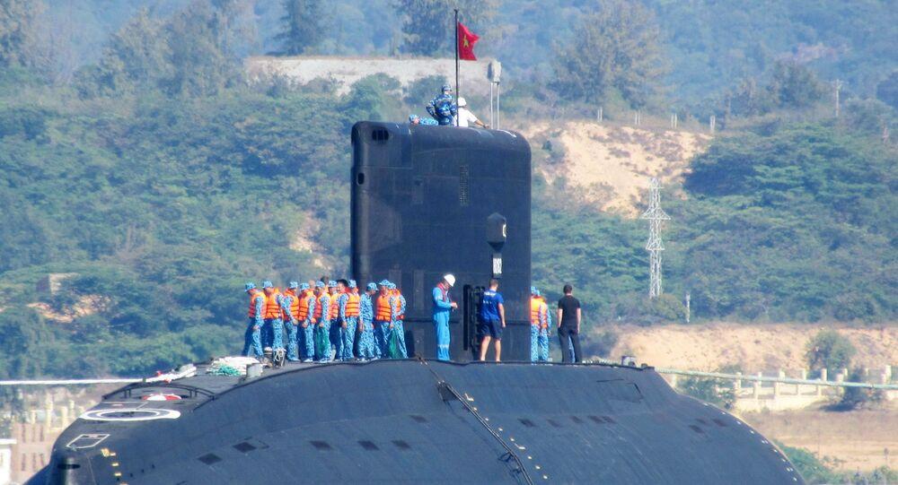"""Tàu ngầm Việt Nam đầu tiên lớp Kilo 636 mang tên """"Hà Nội"""""""