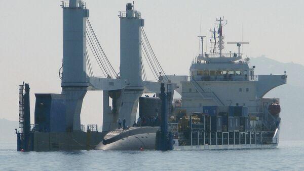 Hạ thủy tàu ngầm lớp Kilo 636 với tên gọi Hà Nội ở  Việt Nam - Sputnik Việt Nam