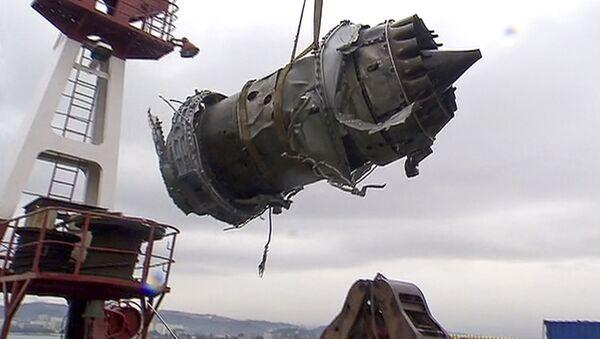 mảnh vỡ của chiếc Tu-154 - Sputnik Việt Nam