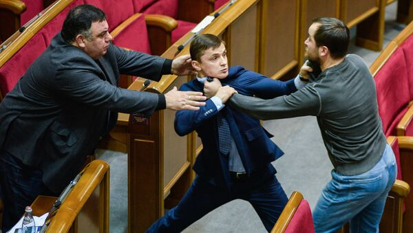 Kiev. Ẩu đả tại cuộc họp Verkhovnaya Rada của Ukraina – chuyện thường ngày trong những năm gần đây. - Sputnik Việt Nam