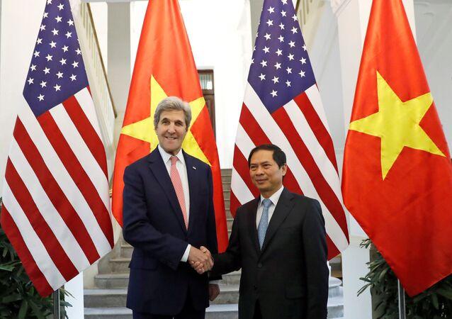 Chuyến thăm Việt Nam cuối cùng của Ngoại trưởng Mỹ John Kerry