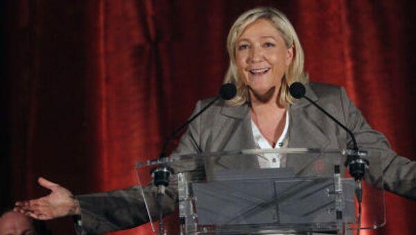 ứng cử viên tổng thống Pháp của đảng Mặt trận Dân tộc Marine Le Pen - Sputnik Việt Nam