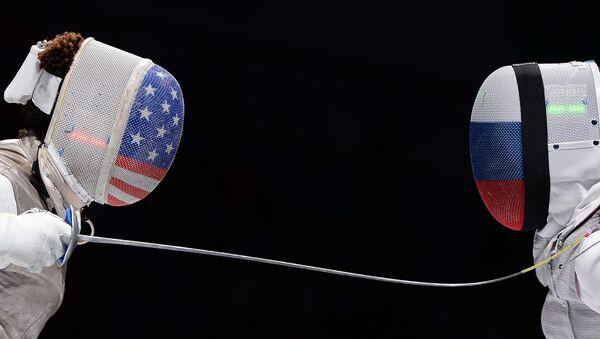 Bà Nzinga Prescod (Mỹ) và Aida Shanaeva (Nga) tại giải vô địch thế giới tại Moscow - Sputnik Việt Nam