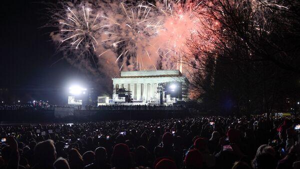 màn pháo hoa tưng bừng trước lễ nhậm chức của Donald Trump - Sputnik Việt Nam