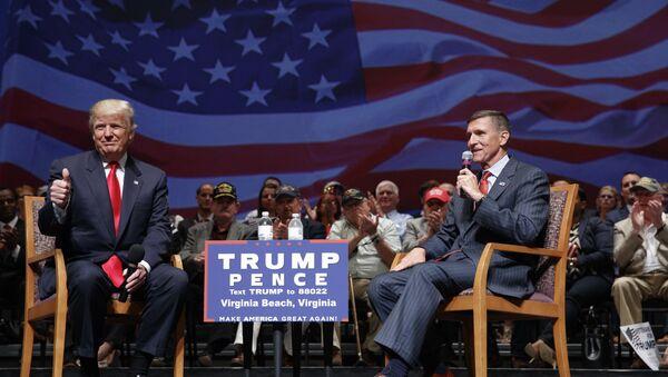 Michael Flynn và Donald Trump - Sputnik Việt Nam