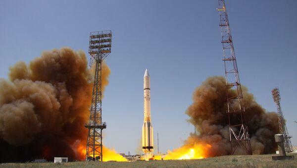 tên lửa mang Proton-M - Sputnik Việt Nam