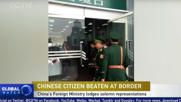 Hà Nội bác bỏ thông tin hải quan Việt Nam đánh công dân Trung Quốc - Sputnik Việt Nam