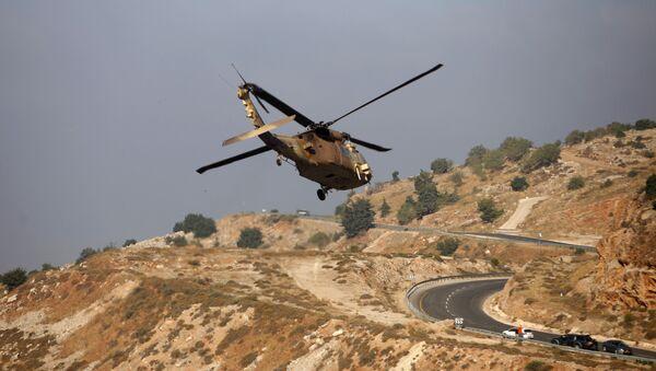 Máy bay trực thăng quân sự của Israel trên cao nguyên Golan - Sputnik Việt Nam