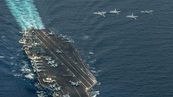 Two F/A-18 Super Hornets and two Royal Malaysian Air Force Mig 29 Fulcrum fly in formation above aircraft carrier USS Carl Vinson - Sputnik Việt Nam