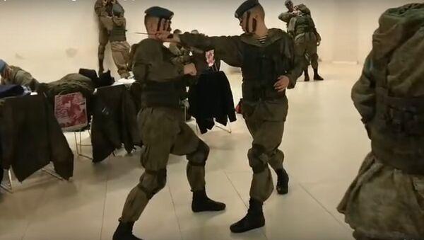 Lính dù Nga tham gia flashmob Mannequin Challenge - Sputnik Việt Nam