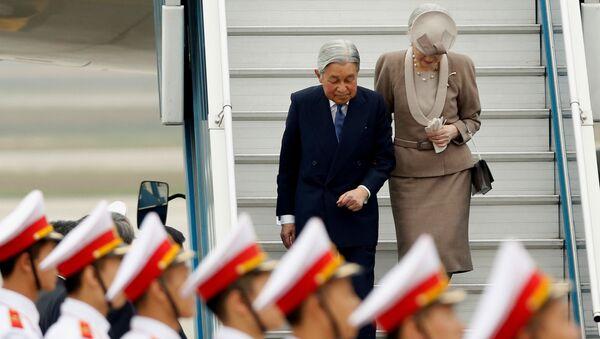 Nhật hoàng và hoàng hậu thăm Việt Nam - Sputnik Việt Nam