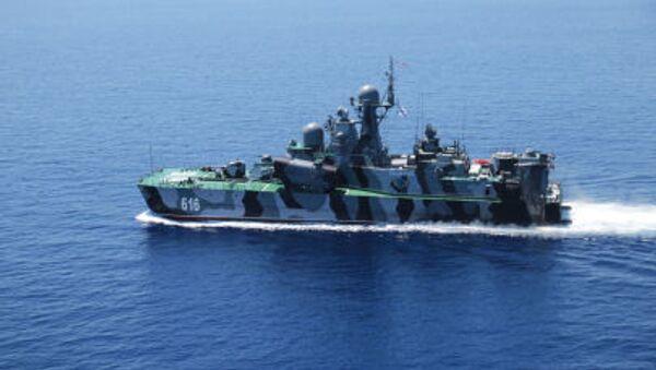 """Tàu tên lửa trên đệm không khí """"Samum"""" trong cuộc tập trận """"Hợp tác trên biển -2015"""" ở Địa Trung Hải. - Sputnik Việt Nam"""