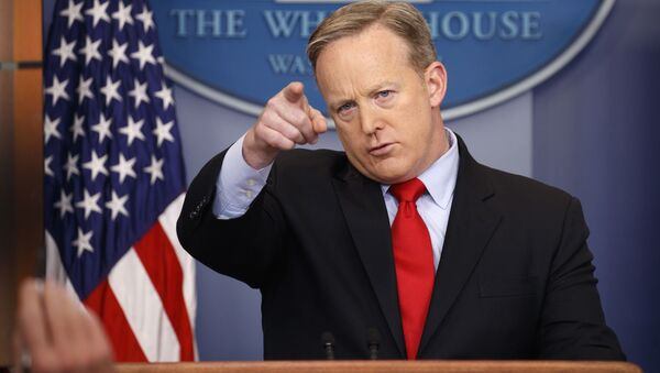 White House press secretary Sean Spicer speaks during the daily press briefing at the White House in Washington - Sputnik Việt Nam
