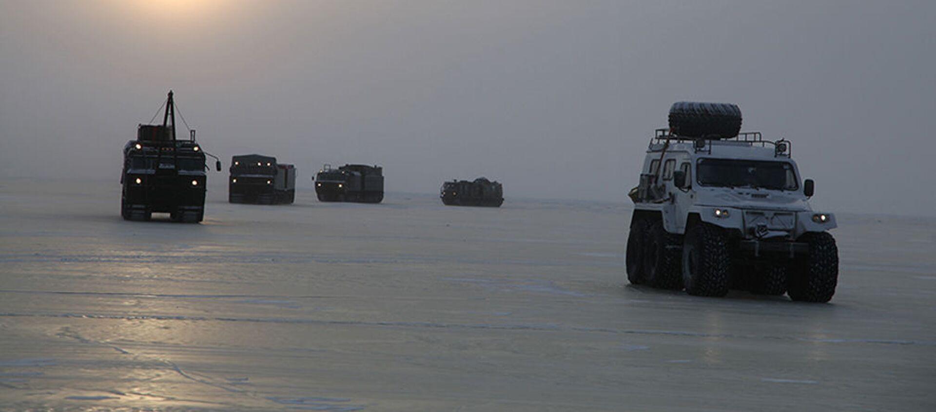 Nga bắt đầu thử nghiệm những thiết bị quân sự mới nhất dành cho Bắc Cực - Sputnik Việt Nam, 1920, 12.06.2021
