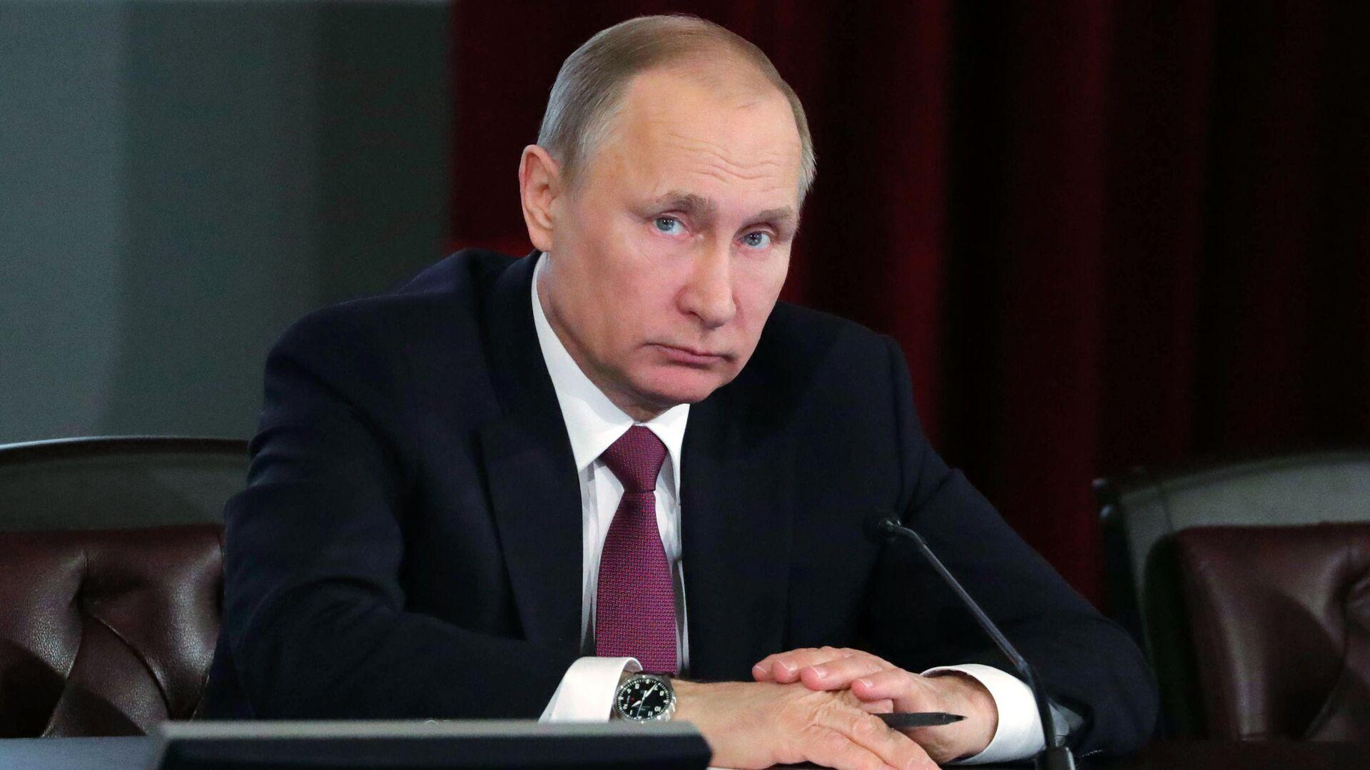Tổng thống Nga Vladimir Putin - Sputnik Việt Nam, 1920, 09.10.2021