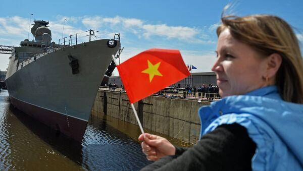 Nghi lễ hạ thủy khu trục hạm Gepard-3.9 ở Zelenodolsk - Sputnik Việt Nam