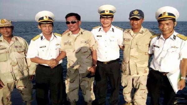 Hải quân VN tuần tra chung với Hải quân hoàng gia Campuchia - Sputnik Việt Nam