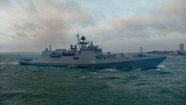 Tàu khu trục Tarkash của Hải quân Ấn Độ - Sputnik Việt Nam