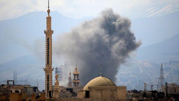 Syria. Khói sau vụ nổ ở phía Đông Damascus. - Sputnik Việt Nam