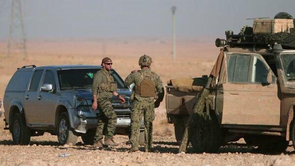 Chiến dịch của Mỹ giải phóng Raqqa nhằm phân chia Syria - Sputnik Việt Nam