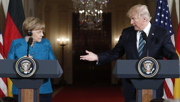 ông Trump và bà Merkel - Sputnik Việt Nam