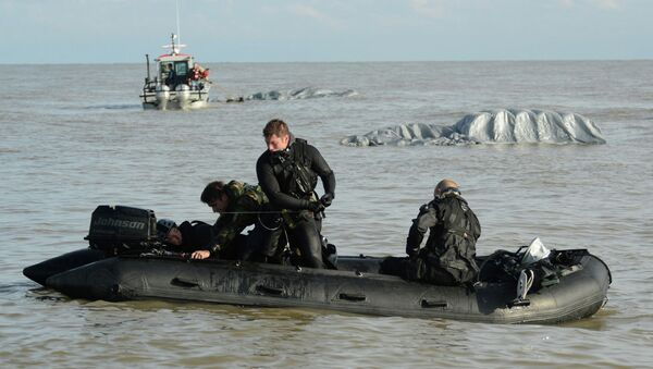 The Special Operations Forces (SOF) is made up of the most rigorous and highly trained elite units in the armed forces, including the Green Berets, Army Rangers, Delta Force and Navy SEALs.  They're known for being a close-knit community who don't take kindly to outsiders claiming part of the group. - Sputnik Việt Nam