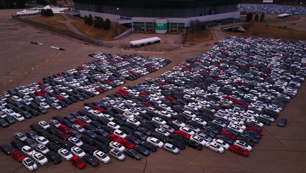 Ở Mỹ phát hiện nghĩa địa khổng lồ Volkswagen (Video) - Sputnik Việt Nam