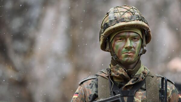 Một người lính Bundeswehr - Sputnik Việt Nam
