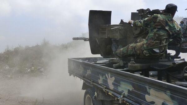Quân đội Syria tấn công vào thành trì chính của chiến binh ở tỉnh Hama - Sputnik Việt Nam