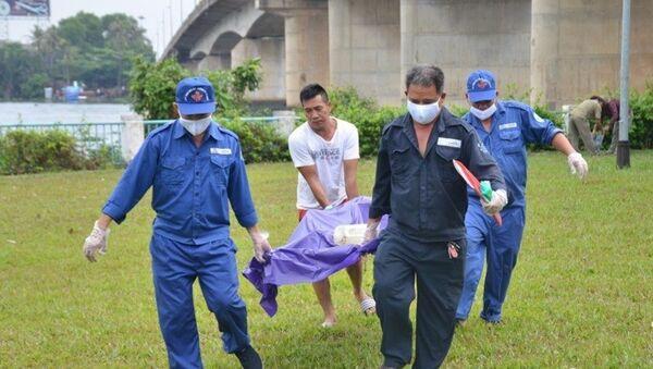 Phát hiện xác chết phân hủy trên sông Sài Gòn - Sputnik Việt Nam
