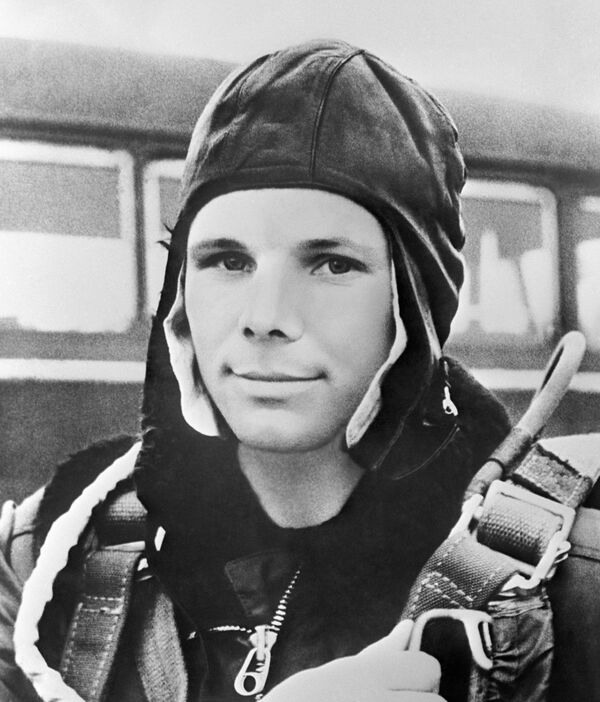 Ứng cử viên phi hành gia, Trung úy Không quân Yuri Gagarin - Sputnik Việt Nam