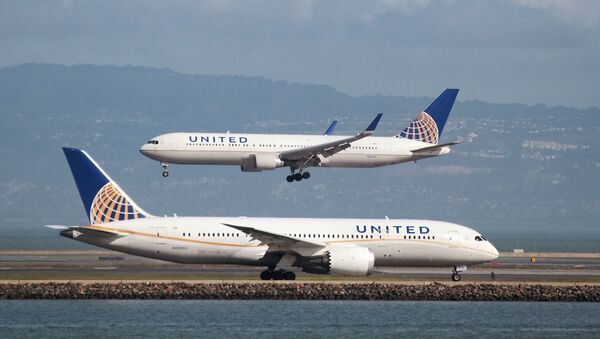 United Airlines - Sputnik Việt Nam