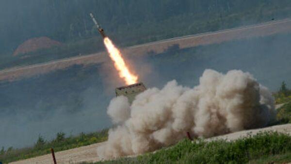 Súng phun lửa hạng nặng TOS-1A Solntsepek - Sputnik Việt Nam