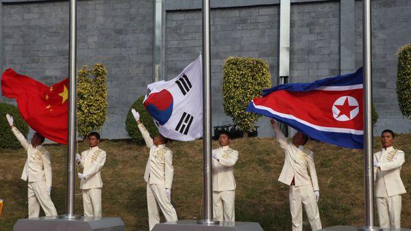 Quốc kỳ Trung Quốc, Hàn Quốc,  Bắc Triều Tiên - Sputnik Việt Nam