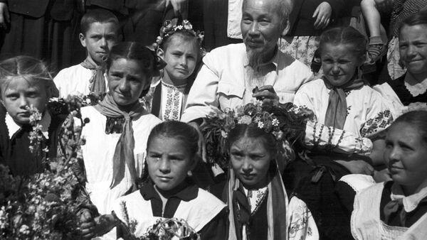 Chuyến thăm của Hồ Chí Minh ở Liên Xô - Sputnik Việt Nam