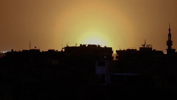 Tại khu vực sân bay Damascus xảy ra vụ nổ lớn - Sputnik Việt Nam
