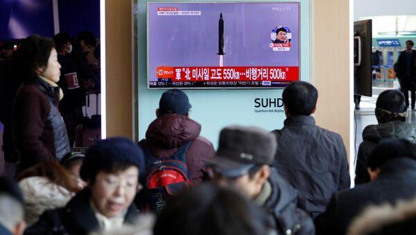 Bắc Triều Tiên lại thử nghiệm tên lửa đạn đạo - Sputnik Việt Nam