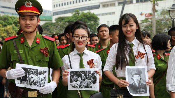 """""""Trung đoàn bất tử"""" tại Hà Nội - Sputnik Việt Nam"""